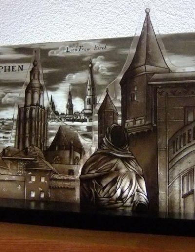 Object van 3 glasschijven. Oude etsplaat van Zutphen. Gebrandschilderd